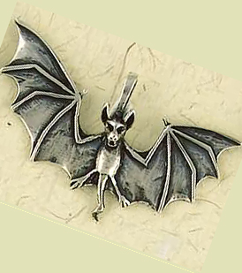 bat front gold cricket in pendant yellow