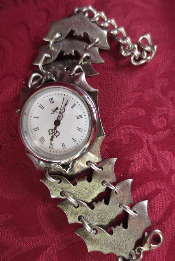 Vintage English Pewter Vampire Bat Gothic Watch Bracelet