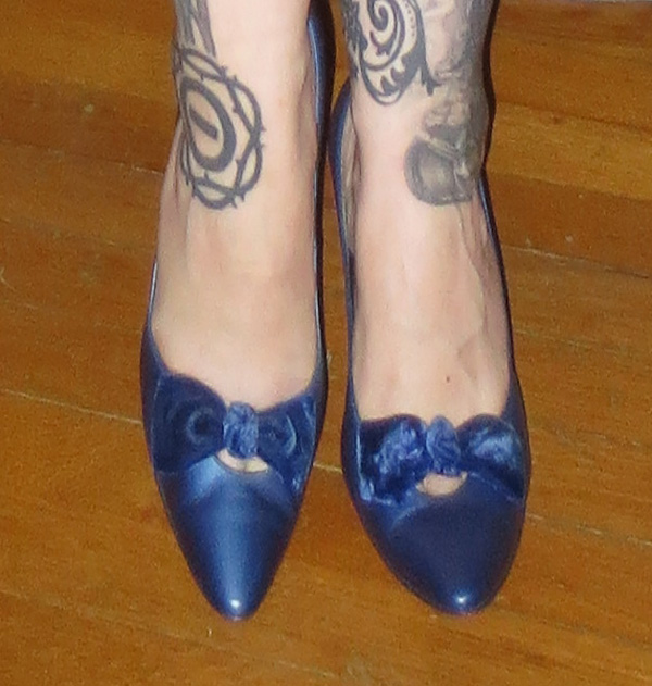 Vintage Blue Pointy Bow Pumps Stiletto High Heels 7.5