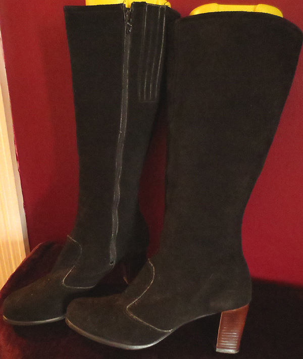 Vintage Knee High Black Suede Leather GO GO Boots Size 8