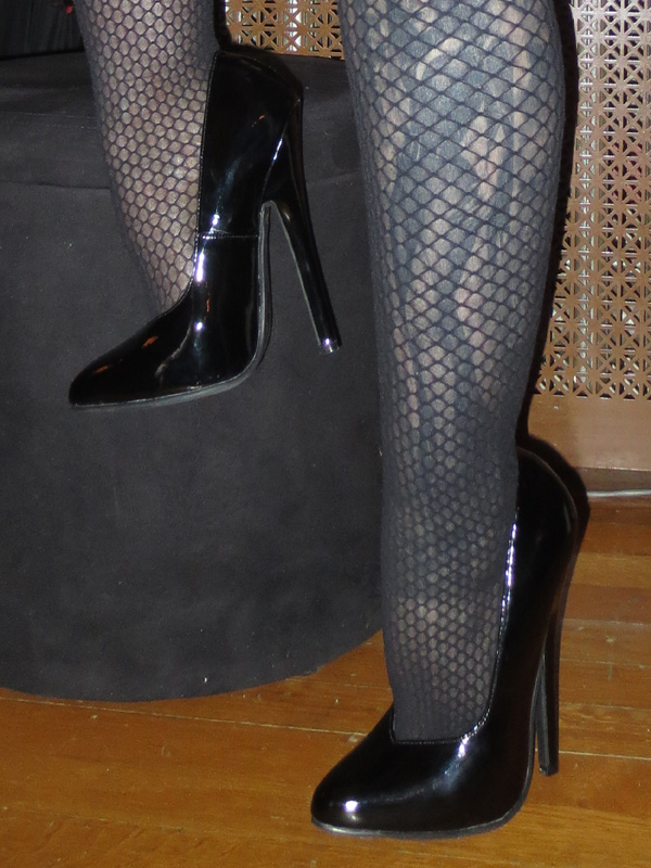 6 inch fetish pumps milf with