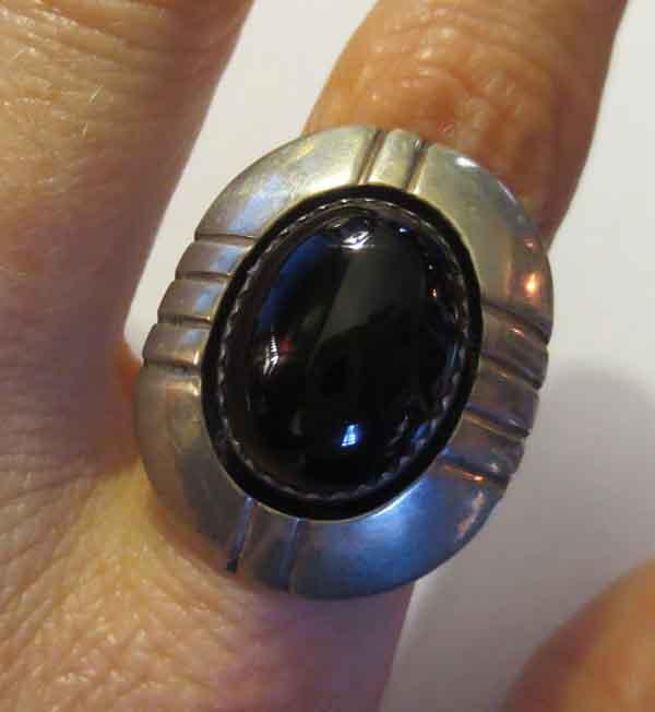 Vintage Elsie Yazzie Sterling Silver Black Onyx Ring 6.5