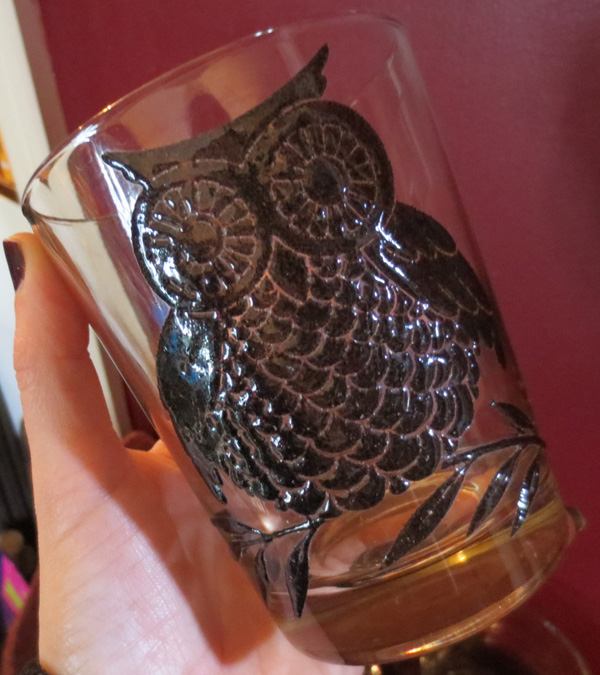 Vintage 1960s Set of 4 Black Embossed Owl Glasses