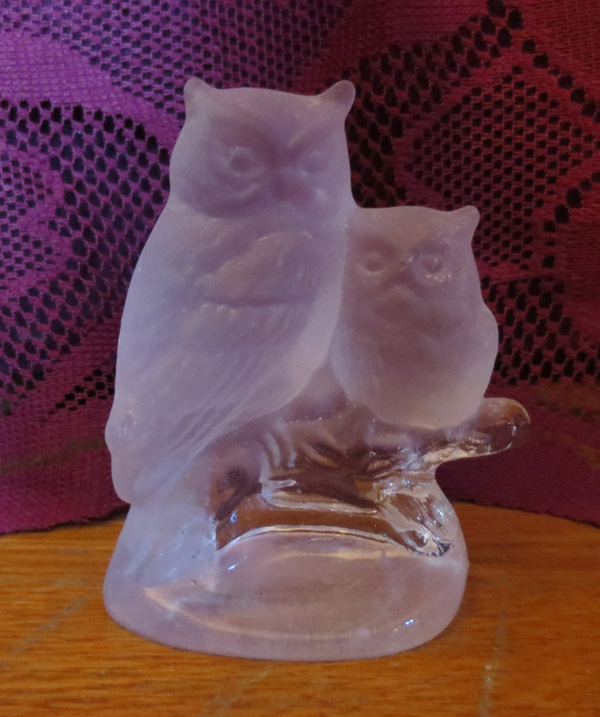 Vintage Frosted Glass Mamma Owl and Baby Statue