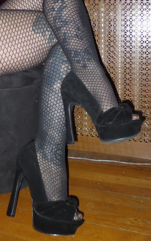 Sexy PinUp Black Velvet  5 Inch Peep Toe Heels 6.5
