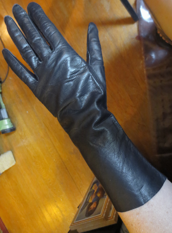 Vintage Fetish 1940s Black Kid Leather Gloves Sz 7