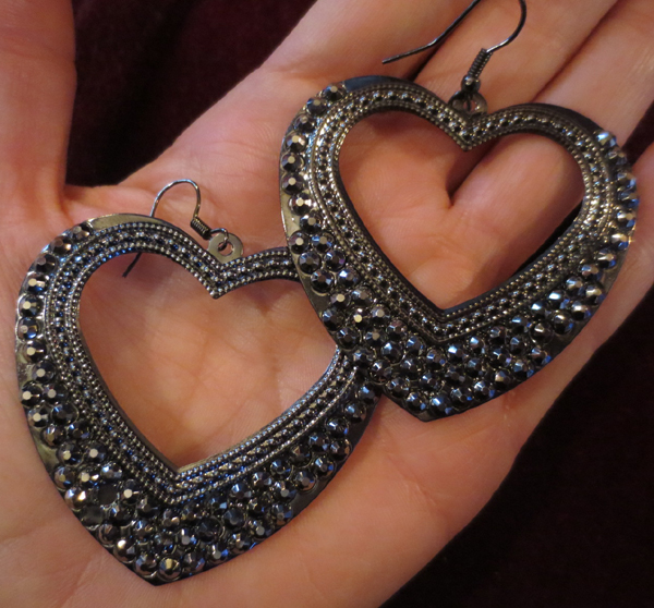 Large Rockabilly Heart Gunmetal Silver Earrings