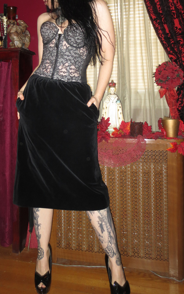 Steampunk Gothic Black Velvet Knee Length Skirt Medium