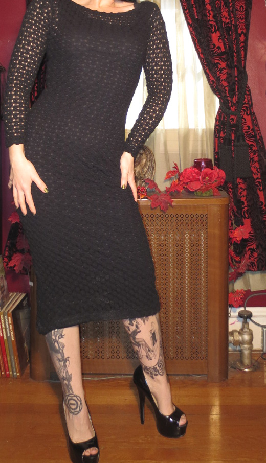 Vintage Witchy Form Fitting Pothole Crochet Black Dress S