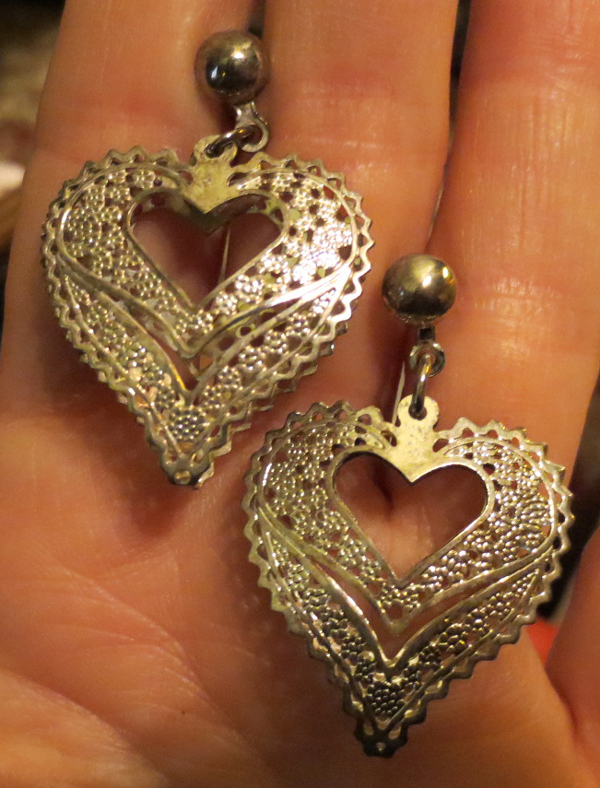 Vintage Silver Open Weave Filigree Heart Earrings
