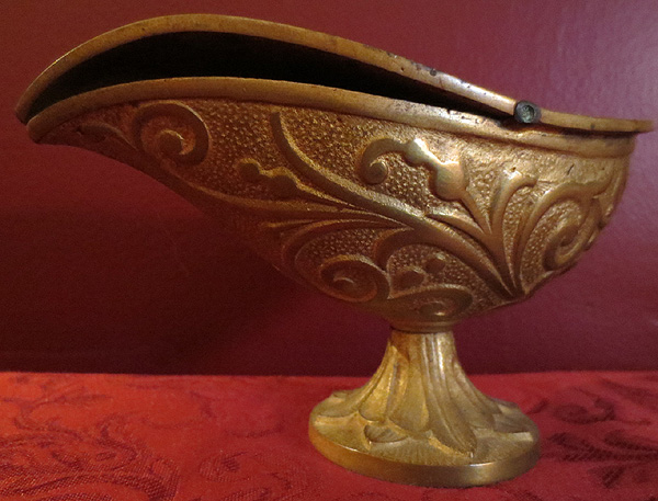 Antique Victorian Ornate Brass Cherub Church Incense Boat