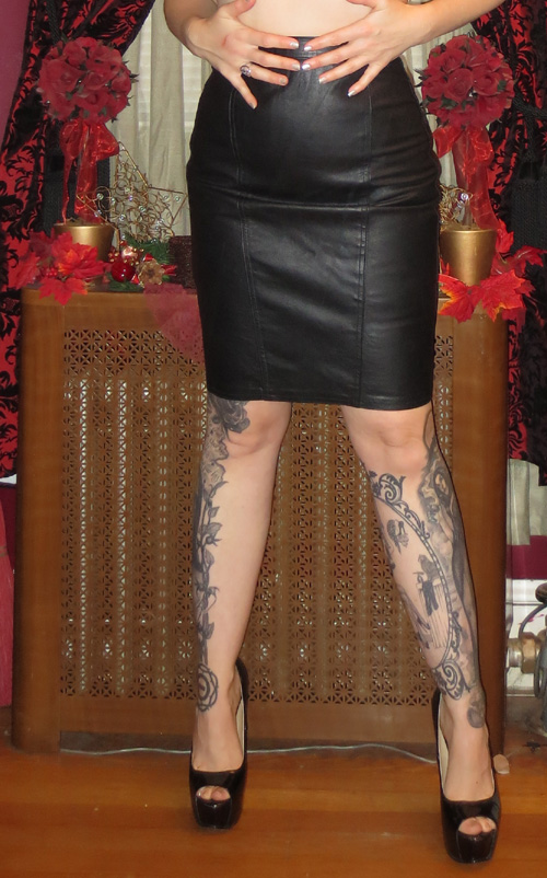 Vintage Black Leather Fetish Pencil Mini Skirt 24in Waist