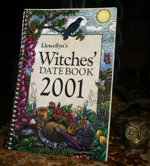 Llewellyn's Witches' Datebook 2001