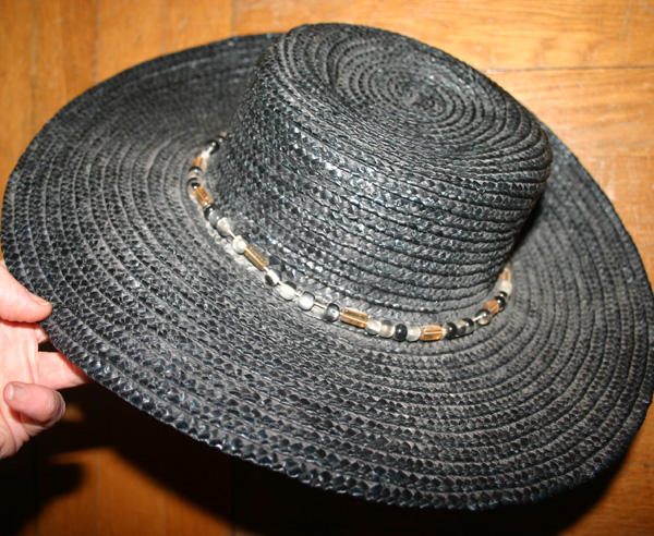 Retro Black Wide Brim Beaded Straw Beach Hat