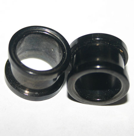 Black Titanium Screw-On Tunnels Ear Plugs 10mm