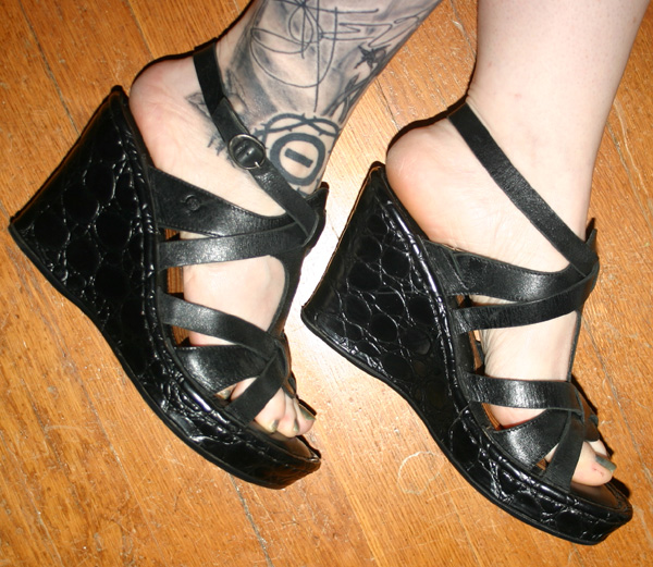 Born Black Leather Platform Wedge Sandals 6.5 7
