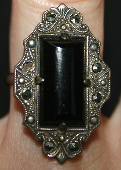 Vintage Art Deco Onyx Marcasite Sterling Silver Ring 5.5