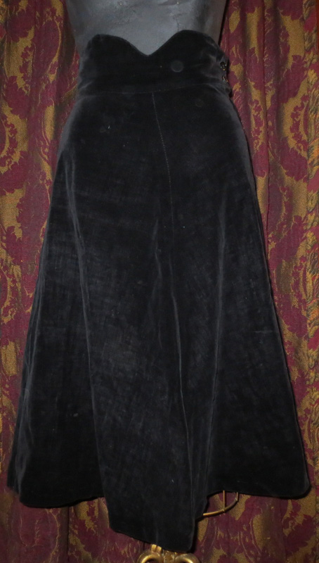 Vintage 1950s Black Velvet Swing Skirt Metal Zipper XS