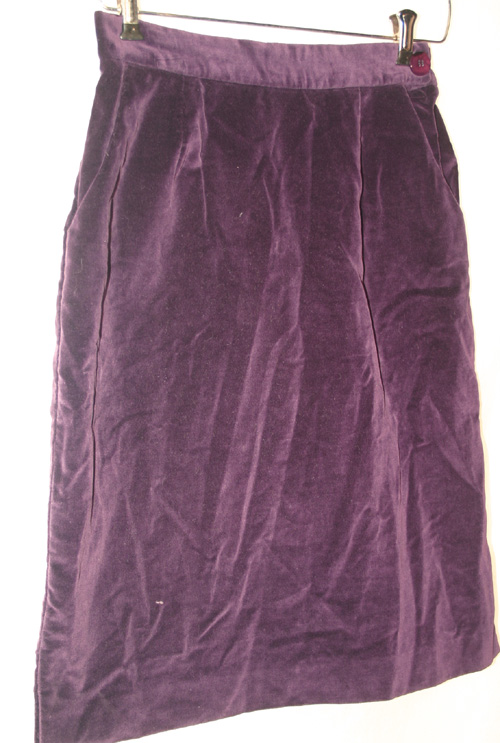 Vintage 1960s Gothic Purple Velvet Pencil Skirt Medium