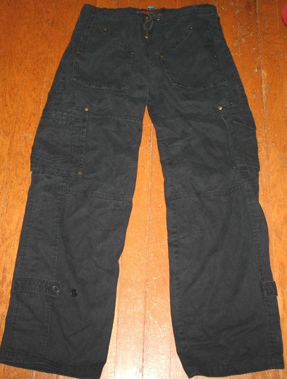 Dollhouse Ladies Black Lowrise Cargo Pants Size 1/2