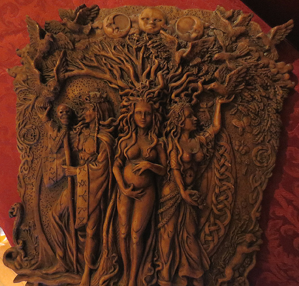 Wiccan Pagan Maiden Mother and Crone Wall Plaque