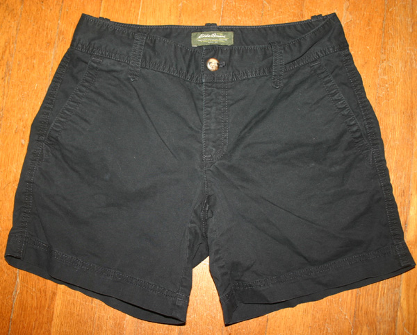 Eddie Bauer Ladies Black Cotton Cargo Shorts Size 2