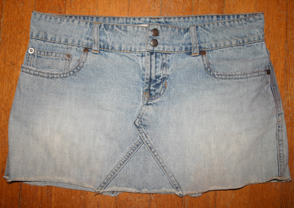 Abercrombie Fitch Faded Denim Jean Mini Skirt Size 4