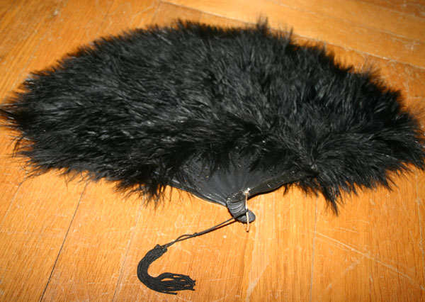 Victorian PinUp Black Marabou Feather Fan