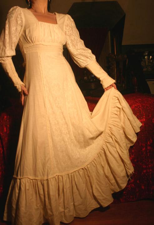 Vintage Gunne Sax Ivory Renaissance Prairie Gown XS