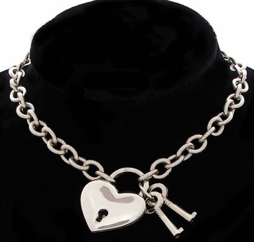 Heart Padlock Choker Necklace w/Keys