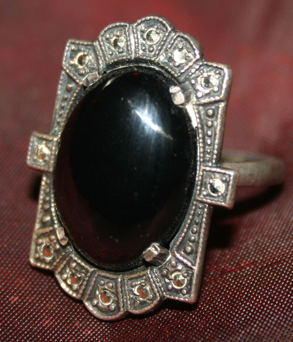 Vintage Art Deco Onyx Marcasite Sterling Silver Ring 7