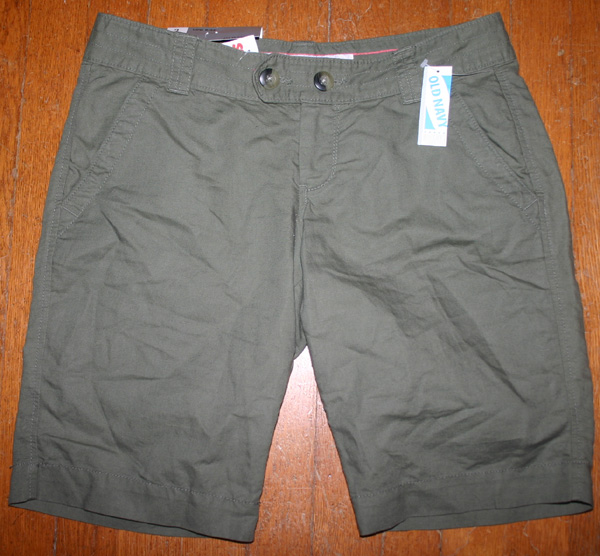 NWT Old Navy Ladies Army Green Lowrise Bermuda Shorts Sz 2