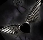 Coeur Noir Winged Heart Choker