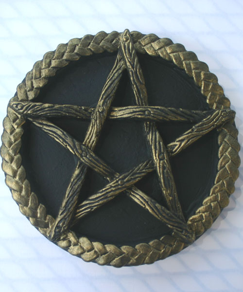 Black and Gold Pentagram Altar Paten