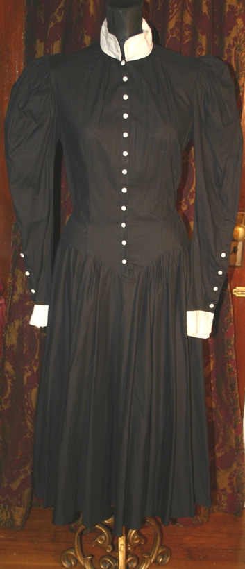 Vintage Victorian Steampunk Black Mutton Sleeves Gown