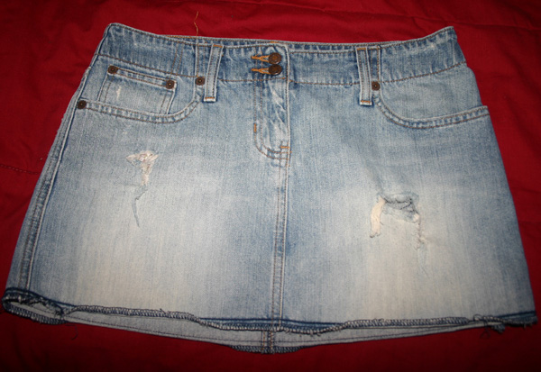 Abercrombie Fitch Destroyed Denim Jean Mini Skirt Size 2