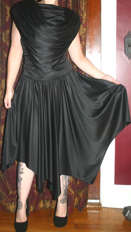 Vintage Black Flowy Open Back Disco Dress Small