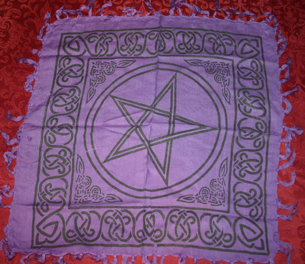 Celtic Witchs Pentagram Purple Altar Cloth