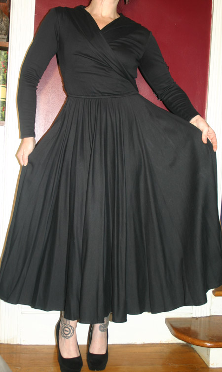 Vintage Gothic Pinup Black Full Skirt Dress Sz 4