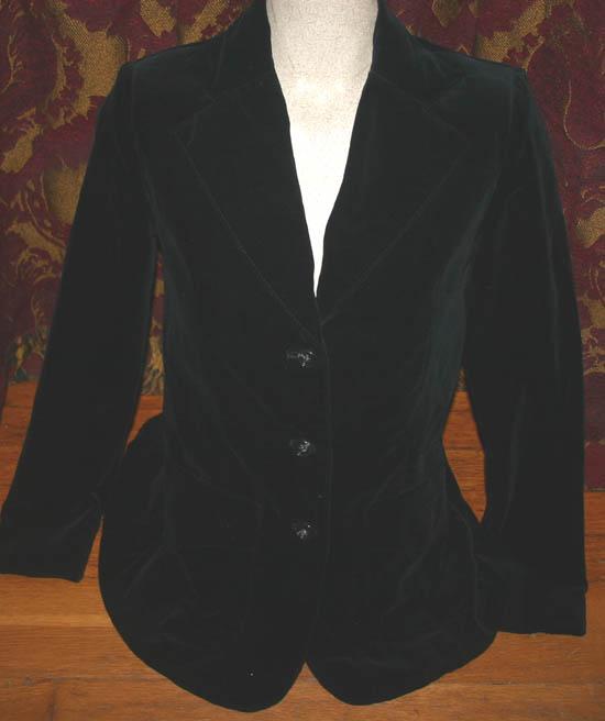 Ladies Vintage Gothic Black Quality Velvet Blazer Sz 3