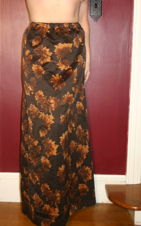 Vintage 1960s Autumn Leaf Print Long Skirt S/M