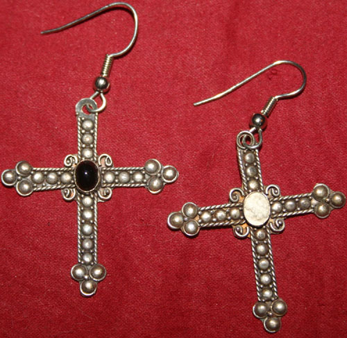 Vintage Sterling Silver Onyx Gothic Cross Earrings